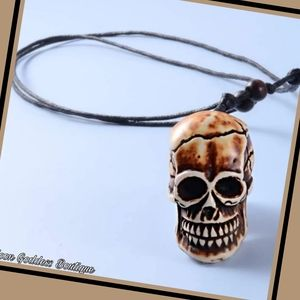 Black Men Gothic Resin Skull Charm Necklace 17""